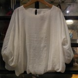 voluminous blouse