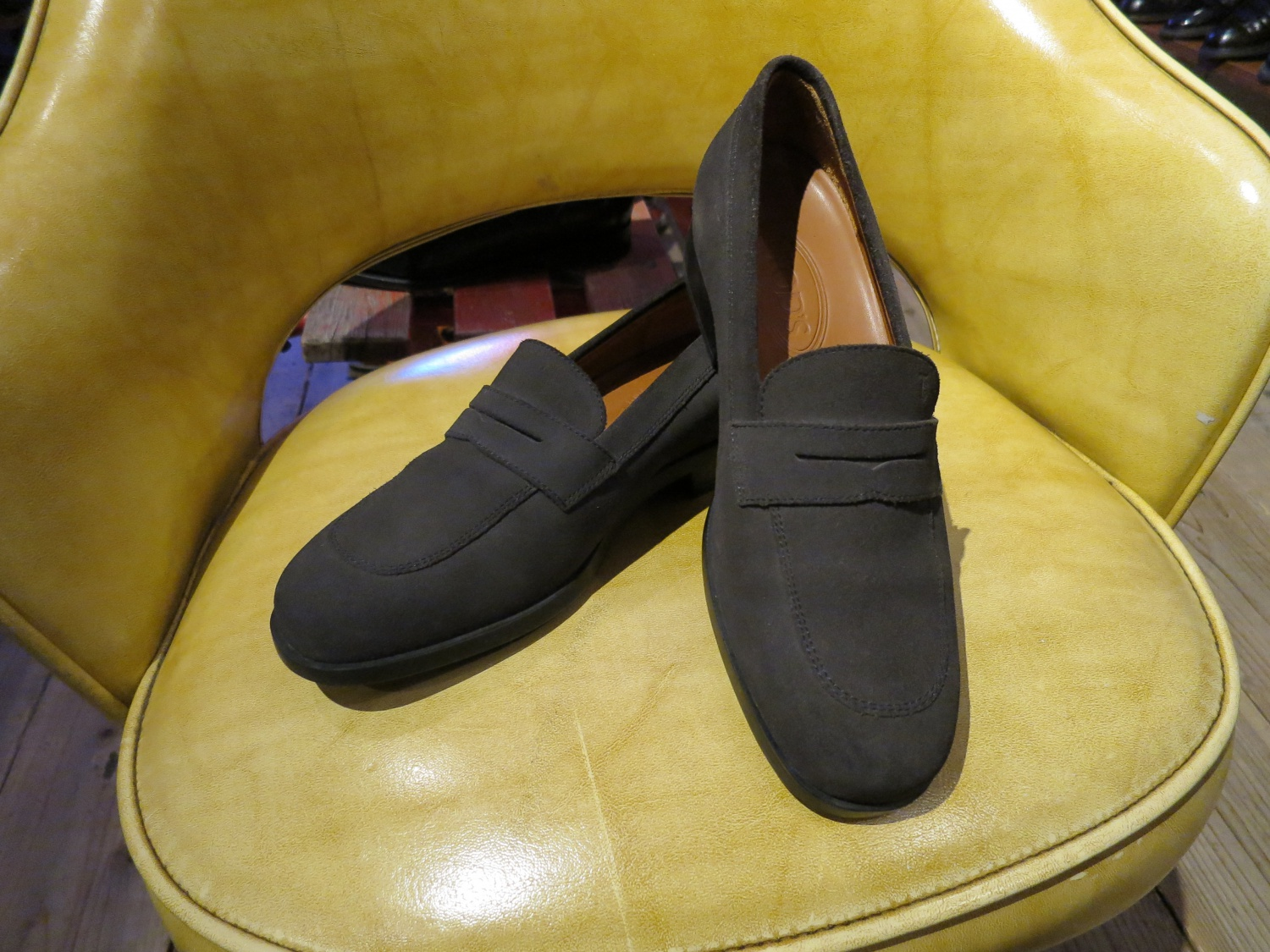 used /TOD'S suede loafer